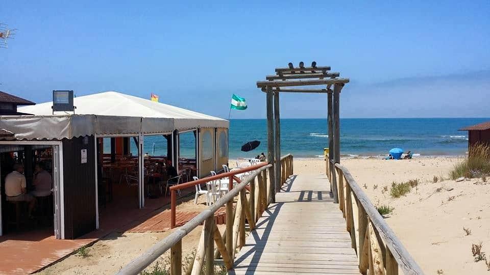 playa del Camarón - sendero de acceso