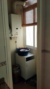 Lavadero - detalle calentador de agua.